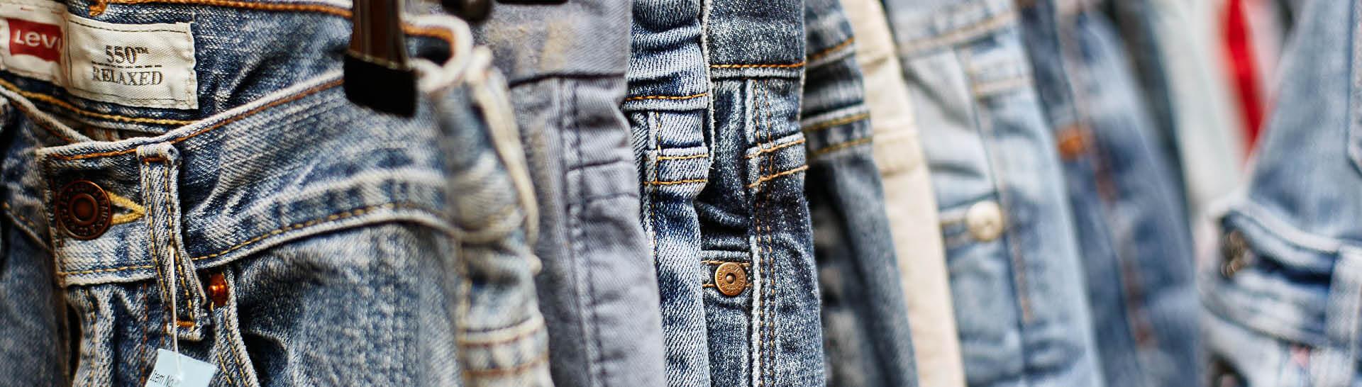 pants-background-shop
